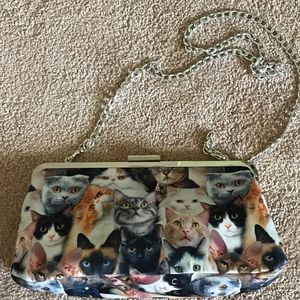 Charming Classic Kitty Cat Chain Purse NWOT